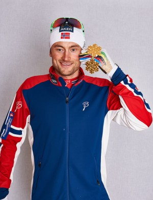 Petter Northug, with one of his gold medals from the Nordic World Ski Championships in 2015. PHOTO: Nordic Focus/FIS Photo Pool