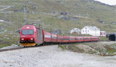 The train line running over the mountains between Bergen and Oslo was disrupted indefinitely this week because of a rockslide Sunday afternoon near Voss. PHOTO: NSB