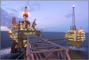 Norway's oil industry continues to pump up profits that are placed in the oil fund and invested around both at home and around the world. PHOTO: Statoil