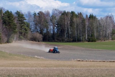 A Norwegian farmer works his field in Østfold, outside Moss. PHOTO: Views and News