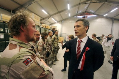 Prime Minister Jens Stoltenberg and Defense Minister Grete Faremo (just behind Stoltenberg) visited Norwegian troops in Afghanistan on the 17th of May, Norway's Constitution Day. PHOTO: Statsministerenskontor