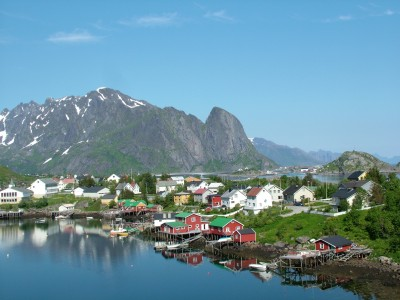 Scenic Lofoten is at the heart of drilling debates in northern Norway. PHOTO: Wikipedia Commons