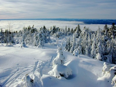 This winter's lengthy period of cold weather may be over for this season. Here, the view towards the mountains from Ringkollen, west of Oslo. PHOTO: Views and News