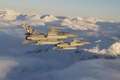 Bodø officials are poised to fight for retention of Norway's fighter jet base, also when new F-35s replace these F-16s. PHOTO: Forsvaret