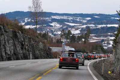 Most highways in Norway have no center divider, and maintenance is often inadequate. PHOTO: Views and News