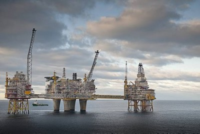 Statoil halted all oil and gas production at the Oseberg field center on Friday, following a power failure and gas leak. PHOTO: Statoil/Øyvind Hagen