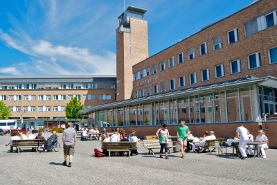Norway's national hospital, Rikshospitalet in Oslo, wasn't among the four hospitals studied but has also been under reorganization pressure and a target of patient complaints. PHOTO: Views and News