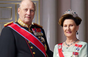 King Harald and Queen Sonja don't face losing their jobs any time soon, either. PHOTO: Det Kongelige Slott