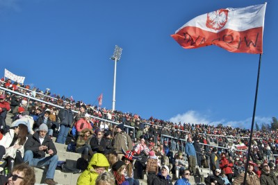 People from Poland often make up a major portion of the crowd at ski jumping competitions at Holmenkollen in Oslo, like this one a few years ago. Now they're emerging as a political force as well. PHOTO: Views and News