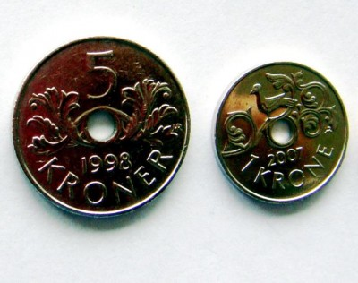 """Norway's currency, the """"krone"""" (crown), remains strong against other currencies. To avoid confusion: The plural from of the krone is """"kroner"""" in Norwegian, or """"crowns,"""" but many foreigners also use the Norwegian term.  PHOTO: Views and News"""