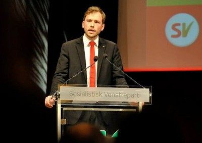 Audun Lysbakken, shown here after being elected as new leader of SV, seems keen on asserting himself and now is calling for more distance between Norway and the US. PHOTO: Sosialistisk Venstreparti