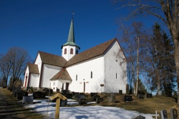 Only around 16 percent of Oslo residents intended to go to church during Easter. Here, the historic Lunner Church, about an hour's drive north of Oslo. PHOTO: Views and News