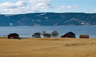Norway's small farms and rural landscapes are attractive but expensive to maintain, with taxpayers and consumers paying high prices to support local agriculture. PHOTO: Views and News