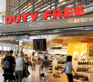 The duty-free shops at Oslo's main airport at Gardermoen may be compelled to halt sales of tobacco products. PHOTO: Avinor