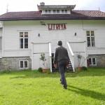 Thousands protest new film on Utøya