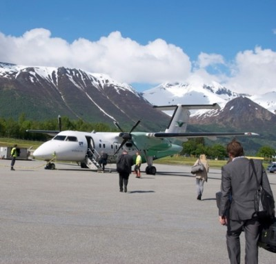 Widerøe serves many small airports all over Norway like here at Volda on the West Coast, and the airline has been profitable for the past 13 years in a row. Now it's up for sale, to raise money for its parent company SAS, with Norwegian buyers already expressing interest. PHOTO: newsinenglish.no