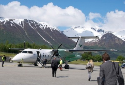 Widerøe is best known in Norway for serving small airports, like here at Volda. Now it has some ambitious expansion plans and will start offering special flights for tourists to see the Northern Lights. PHOTO: newsinenglish.no