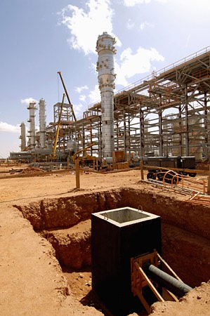 The In Amenas gas processing plant, operated by Statoil along with BP of the UK  and Sonatrach of Algeria, is large and not yet believed to be under the full control of the Algerian military following its counterattack on terrorists holding plant employees as hostages. This photo was taken in 2005, when production was starting up. PHOTO: Statoil/Kjetil Alsvik