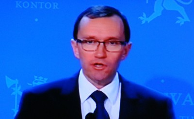 Foreign Minister Espen Barth Eide is considering sending Norwegian troops to Mali, to help fend off Islamists intent on taking over the country. PHOTO: NRK screen grab/newsinenglish.no