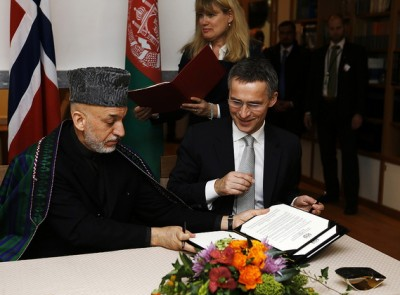 Stoltenberg and Karzai in Oslo on Tuesday. PHOTO: Forsvarets mediesenter/Torbjørn Kjosvold