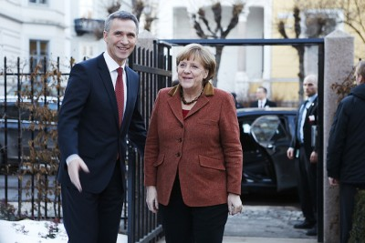 Norwegian Prime Minister Jens Stoltenberg and German Chancellor Angela Merkel had another meeting in Oslo on Wednesday, where they discussed energy, economy and several of the world's trouble spots. PHOTO: Statsministerens kontor/Torbjørn Kjosvold