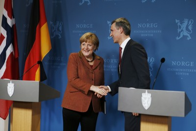 "After their meeting and press conference, Merkel and Stoltenberg had a ""working dinner"" with other government ministers and energy executives. Both lead the strongest national economies in Europe, and believe the euro crisis is easing, but unemployment among EU members remains alarmingly high. PHOTO: Statsministerens kontor/Torbjørn Kjosvold"