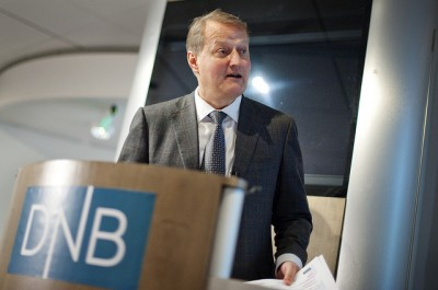 DNB's chief executive Rune Bjerke and his colleagues had to deal with hackers on Tuesday, right at the start of summer holidays. PHOTO: DNB