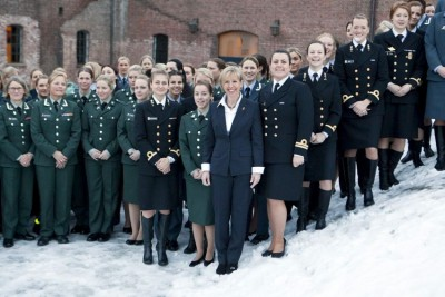 Defense Minister Anne-Grete Strøm-Erichsen from the Labour Party, shown here at seminar for female officers last winter, claims the Norwegian military needs more women. She successfully promoted the measure to make women subject to a military draft as well as men. PHOTO: Forsvaret