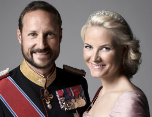 "Crown Prince Haakon and Crown Princess Mette-Marit have been caught in a ""squeeze"" over their upcoming visit to US defense contractor Lockheed Martin. PHOTO: kongehuset.no"