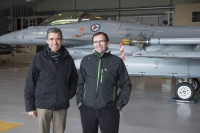 Norwegian Foreign Minister Espen Barth Eide (right) was keen to show off Norway's military preparedness and facilities at the country's Main Air Station at Bodø on Tuesday. PHOTO: Forsvaret
