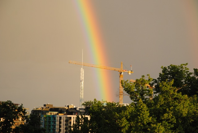A recent rainbow ending at a virtual pot of gold, Oslo's new Tjuvholmen district. It has some of Norway's most expensive real estate. PHOTO: newsinenglish.no