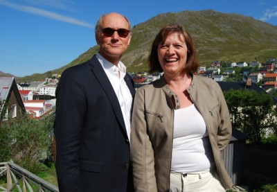 Honningsvåg Mayor Kristina Hansen and Statoil executive Rune Adolfsen remained on good terms last week, even though Statoil has put its much-vaunted terminal project on hold, mostly because of new tax policies initiated by Hansen's Labour Party colleagues in Oslo. PHOTO: newsinenglish.no/Nina Berglund