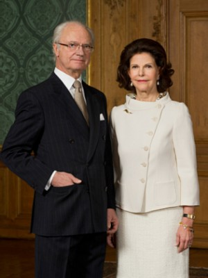 King Carl XVI Gustaf and Queen Silvia of Sweden were being hosted in Northern Norway this week instead of in Oslo, where the Royal Palace grounds are currently torn up. PHOTO: Kungliga Hovstaterna / Alexis Daflos