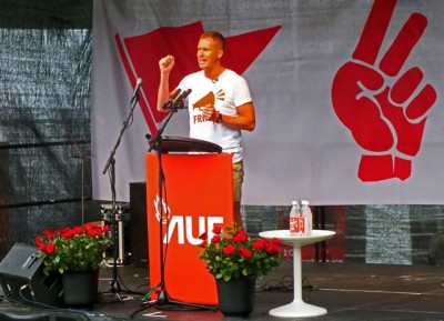 AUF's leader had an offensive tone when speaking at the Labour youth group's summer camp on Thursday, which has attracted record numbers of participants from around Norway. PHOTO: Björn Lindahl