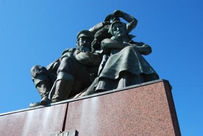 Monument to Finnish immigration in Finnmark