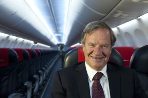 Norwegian Air's chief executive Bjørn Kjos, a pilot himself, is still smiling despite lots of turbulence with the airline's new long-haul routes. Now he's counting on growth through new routes to and from the US. PHOTO: Norwegian