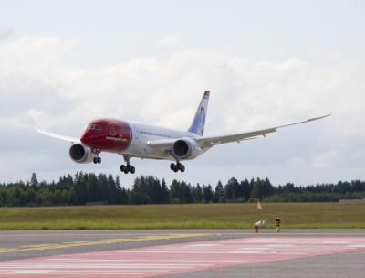 Norwegian Air's first new Boeing 787 Dreamliner finally landed at Oslo's main airport at Gardermoen on June 30. The airline has now begun testing them before putting them into service on Norwegian's new long-distance routes to Bangkok, New York and Fort Lauderdale. PHOTO: Norwegian Air