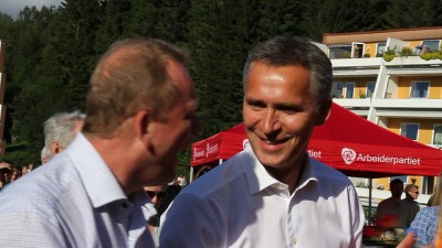 Jens Stoltenberg on the campaign trail in Bergen. PHOTO: Arbeiderpartiet