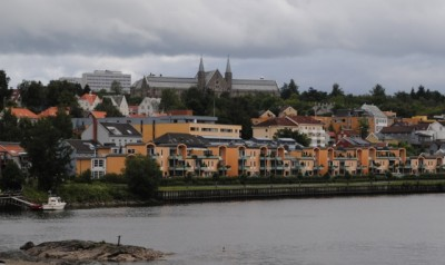 NTNU's main campus rises above Trondheim, which is keen to develop as a city known for high-level research. PHOTO: newsinenglish.no