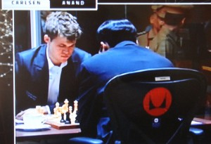NRK's unusual live coverage of every chess game during the World Chess Championships in Chennai is winning unusually high ratings. PHOTO: NRK screen grab/newsinenglish.no