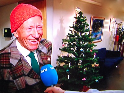 """Olav Thon joked with NRK that he can't take his fortune with him """"to the other side,"""" so he's turning it all over to a foundation that will maintain his business interests and donate """"at least NOK 50 million a year"""" to research and other projects for the public good. PHOTO: NRK screen grab/newsinenglish.no"""