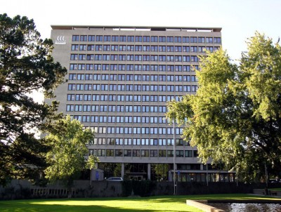 The former Yara executives, who all refuse to have their photos taken in court, worked here at Yara's former headquarters building in Oslo. The company has since moved to a new location at Skøyen, west of downtown. PHOTO: Yara