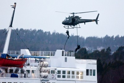 Norwegian police and military have also conducted anti-terror exercises on board commercial vessels, which experts warn can be just as much a terrorists' target as oil platforms. PHOTO: Forsvaret/Peder Torp Mathisen