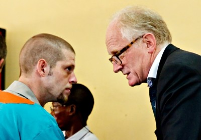 Joshua French (left), a former Norwegian soldier convicted of murder and charged with a new one in the Democratic Republic of Congo, has been getting top-level help from one of Norway's most respected and experienced diplomats, Kai Eide (right). PHOTO: Marte Christensen / NTB Scanpix