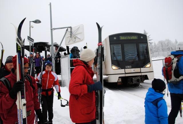 Skiing, Frognerseteren, T-bane