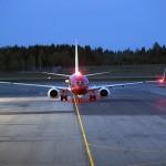Norwegian shares dive on IAG bids