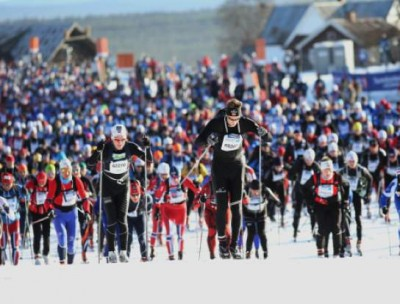 Friday's preliminary Birkebeiner race, which is half the distance of Saturday's main event, also attracted several thousand skiers and went on as scheduled in sunny, spring-skiing conditions. The winds picked up, though, during the night. PHOTO: Birken AS/Geir Olsen
