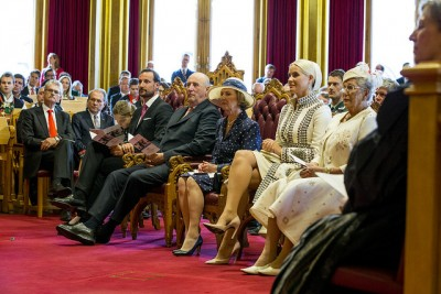 Many attribute Norwegians' support for the monarchy to their view of the royal family as a unifying force in a country with many political parties and endless political debate. They were guests of honour in Parliament on Thursday, as bicentennial celebrations reached a climax. PHOTO: Erlend Aas/NTB Scanpix/Stortinget