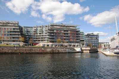 New apartments on the waterfront are among those popular with out-of-town investors, who use them either as commuter- or holiday homes in the city. PHOTO: newsinenglish.no