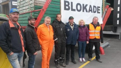 "Farmers organised by the union Norges Bondelag blockaded egg packaging and distribution plants on Thursday, but announced on Friday they'd made their point and would end the action earlier than planned. It did not create an egg shortage ahead of National Day as unions had hoped. Meanwhile, political commentators argued the deal farmers have been offered this year is not ""historically low"" as claimed, but actually on a par with several recent settlements. PHOTO: Kristin Lanssen/Norges Bondelag"
